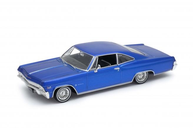Chevrolet Impala (1965) SS 396 Tuning Image