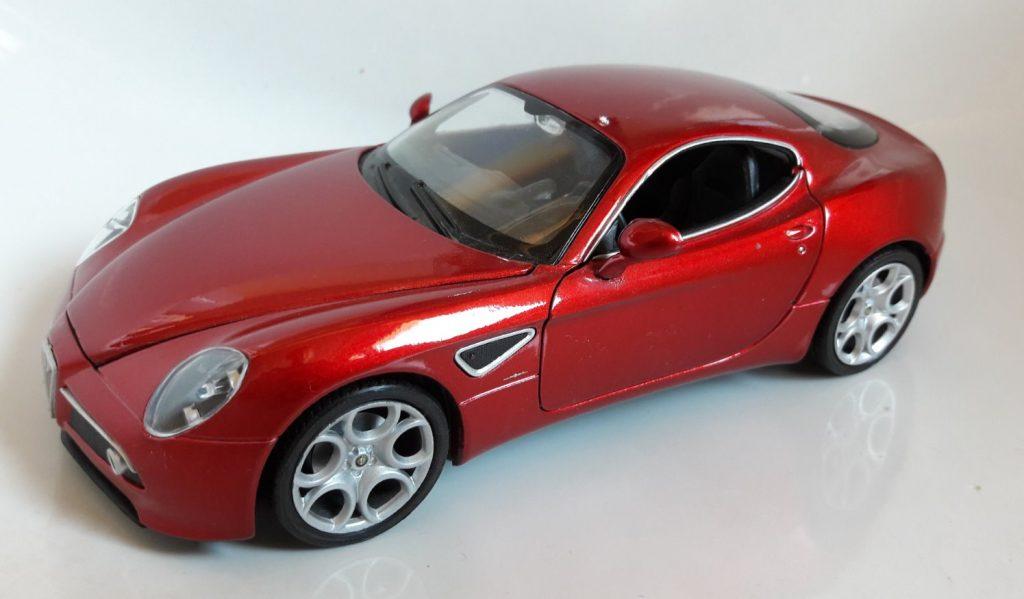 Alfa Romeo 8C Image
