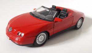 Alfa Romeo Spider V6 Image