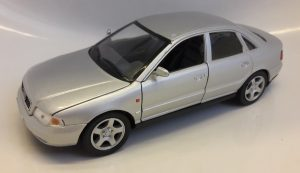 Audi A4 (1998) Image