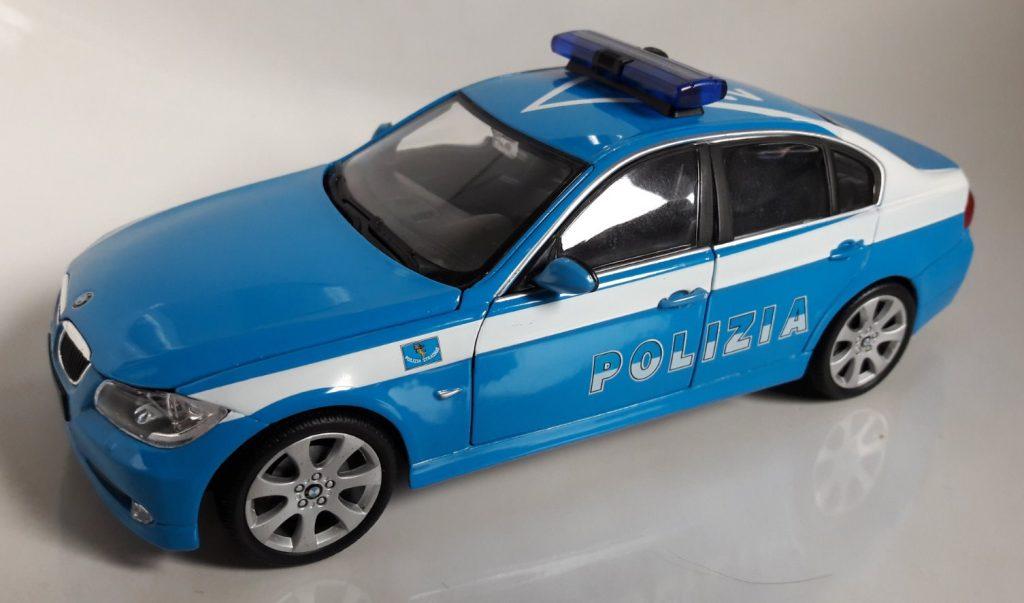BMW 330i Polizia Image