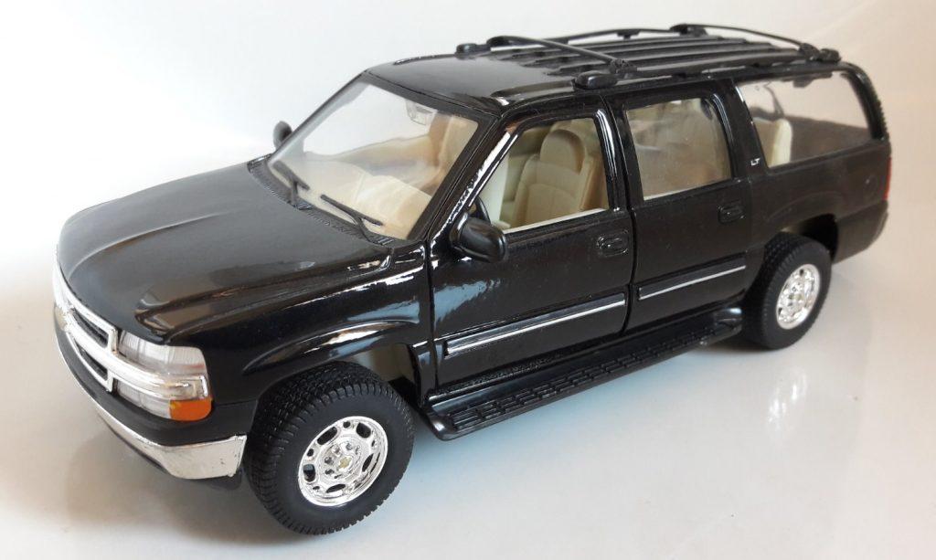 Chevrolet Suburban Image
