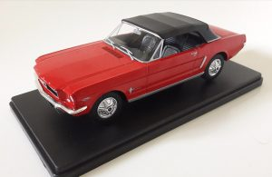 Ford Mustang (1965) Convertible Image