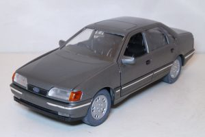 Ford Scorpio Sedan Image