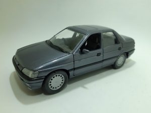 Ford Orion Ghia Image