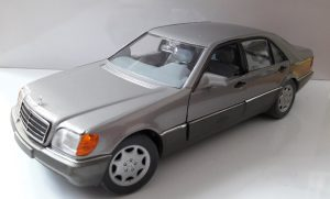 Mercedes-Benz 600 SEL Image