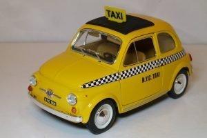 Fiat 500 N.Y.C. Taxi Image