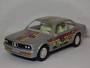 BMW 323i #6 Image