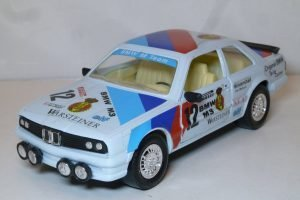 BMW 323i #12 Warsteiner Image