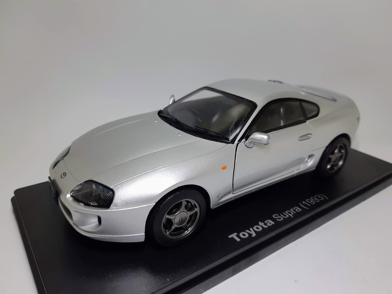 Domestic Famous Car Collection 1//43 Minicar Toyota Celsior
