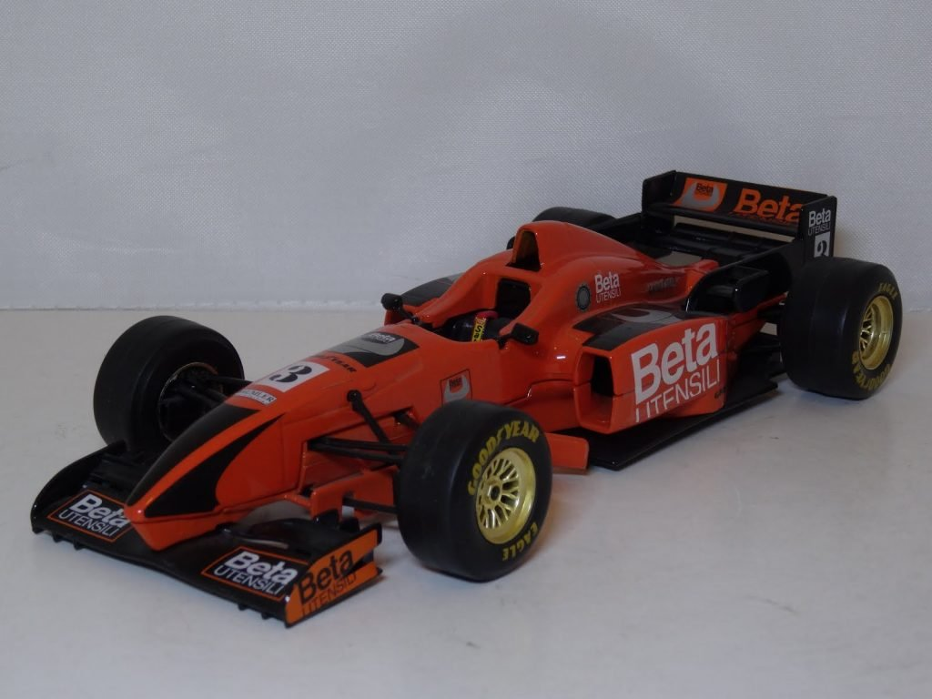 F1 Racing Team Beta F1 #3 Beta Utensili Image