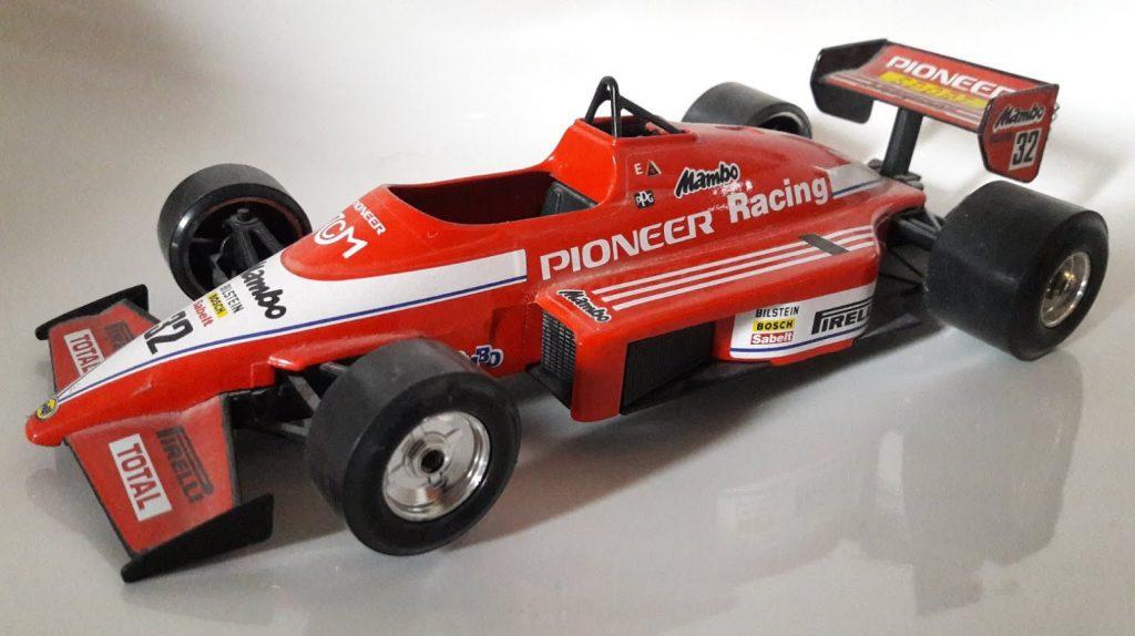 F1 Vintage Indy Team #32 Piooner Image