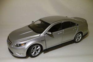 Ford Taurus SHO Image